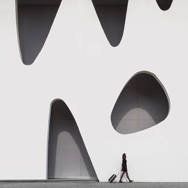 architectural-self-portraits-by-daniel-rueda-and-anna-devis-1